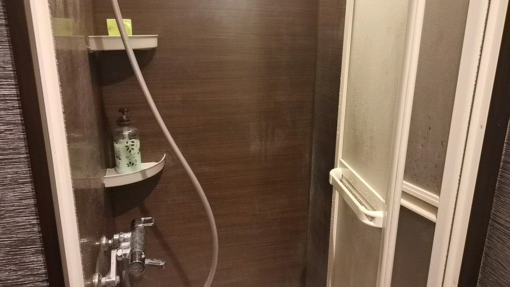 日暮里のレンタルルームのシャワー
